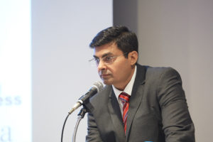 インド勅許会計士が語るインド市場の魅力とインドビジネスからキャッシュフロー を創出するための仕組み作り   (日本語解説付き)