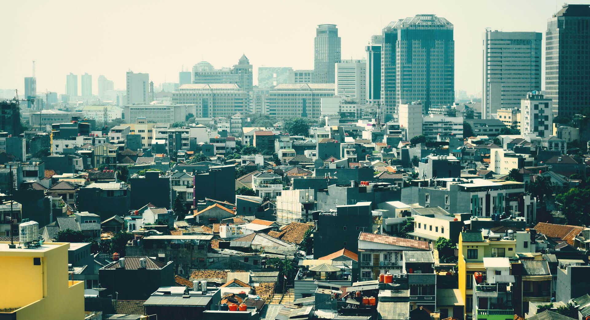 【2020年版】インドネシア経済の最新状況 | ジョコ政権が率いる「内需主導型経済」の行方は?
